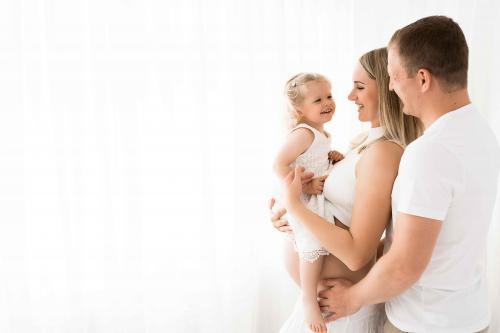 Newborn-Neugeboren-baby-babybauch-7-3